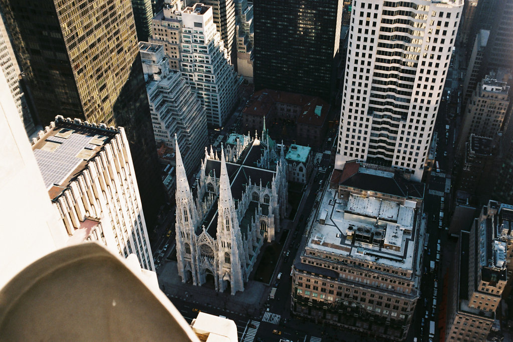 St Patrick's Cathedral vue du Top of the Rock